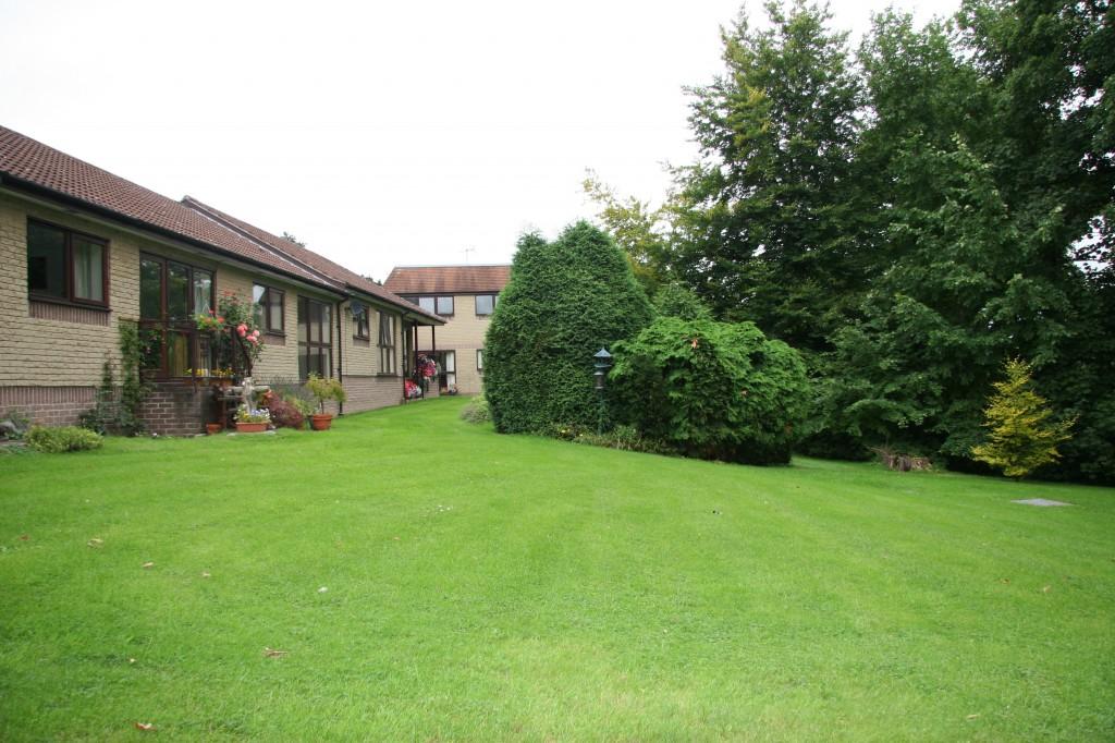 Retirement villages for singles